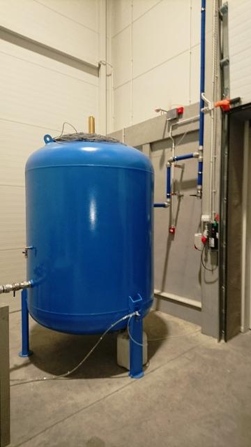 Dobrze podłączyć zbiornik ciśnieniowy wody
